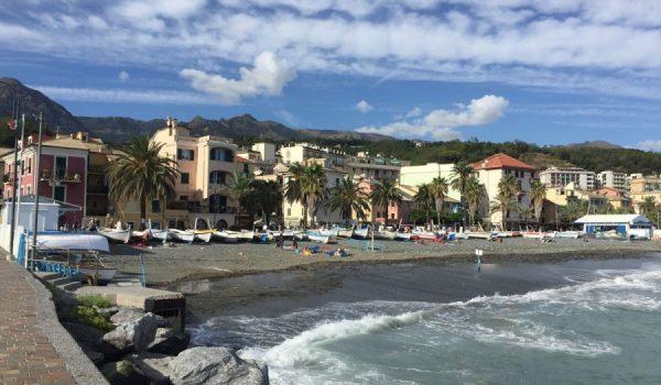 Spiaggia dei Pescatori ad Arenzano - Riviera ligure di Ponente