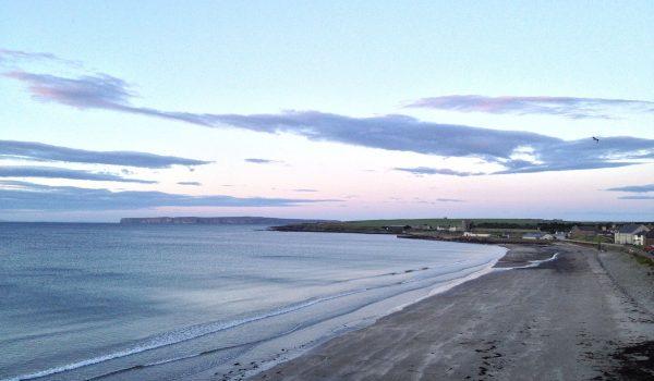Thurso, alla fine della Scozia: tramonto sulla spiaggia