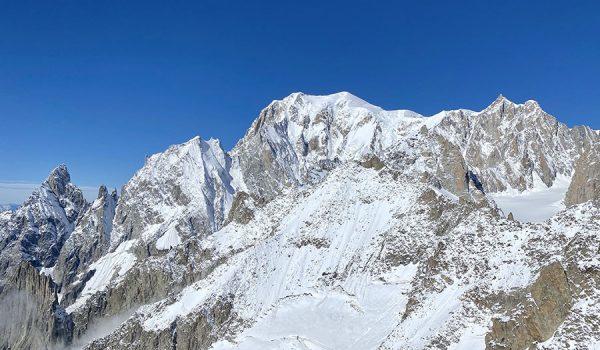 In funivia a Punta Helbronner per ammirare il Monte Bianco - Courmayeur, Valle d'Aosta
