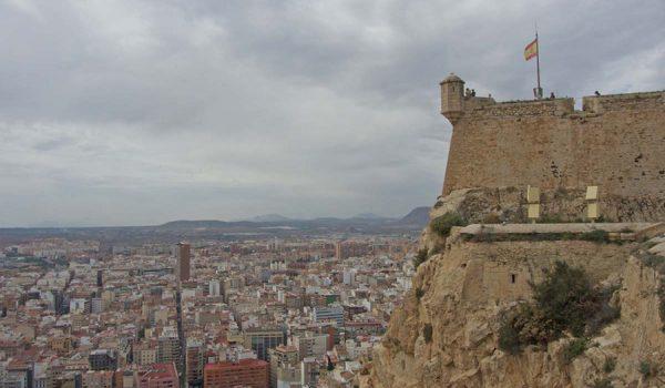 Informaciones sobre tours gratis y visitas guiadas por el Castillo de Santa Bárbara en Alicante - Comunidad Valenciana, España